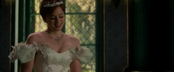 Eduardo Castro fala sobre o vestido de casamento de Anna