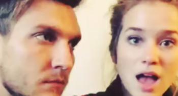 Scott Michael Foster posta vídeo com Elizabeth