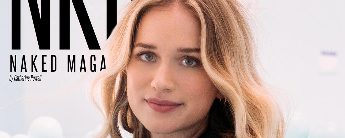 Elizabeth é a capa da NKD Magazine!
